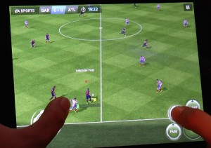 FIFA 15 Ultimate Team iPad Gameplay