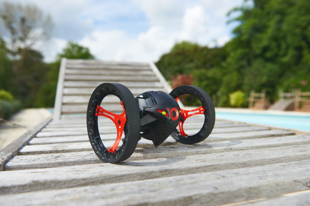 Parrot Jumping Sumo 1