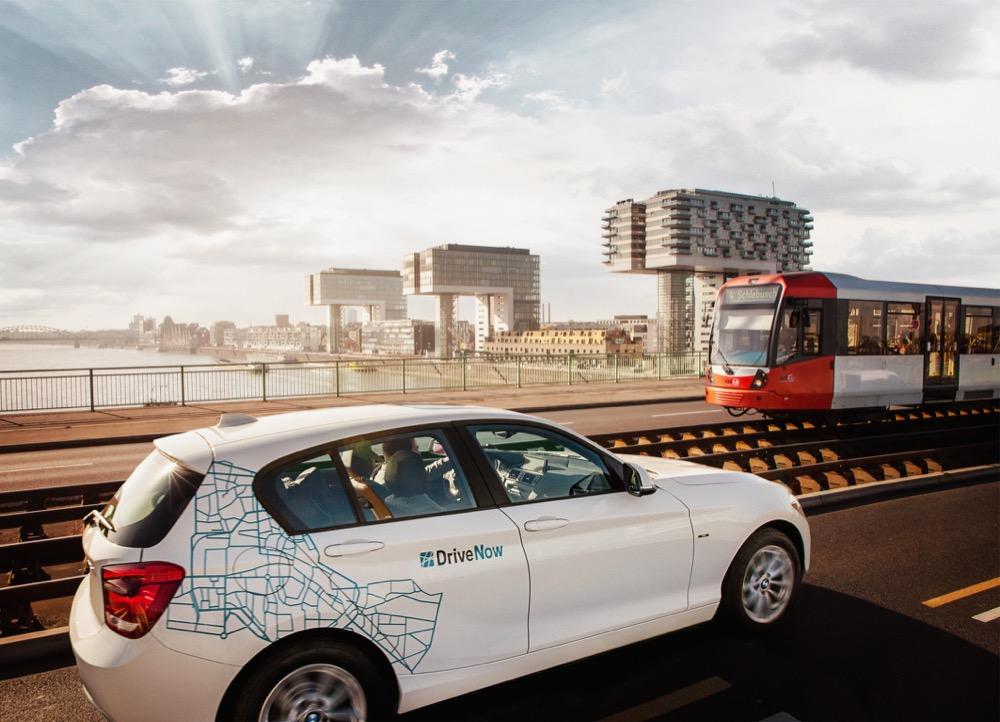 DriveNow ist ein Carsharing - Joint Venture der BMW Group und der Sixt AG. DriveNow bietet in München, Berlin, Düsseldorf, Köln und San Francisco ein modernes Mobilitätskonzept an.