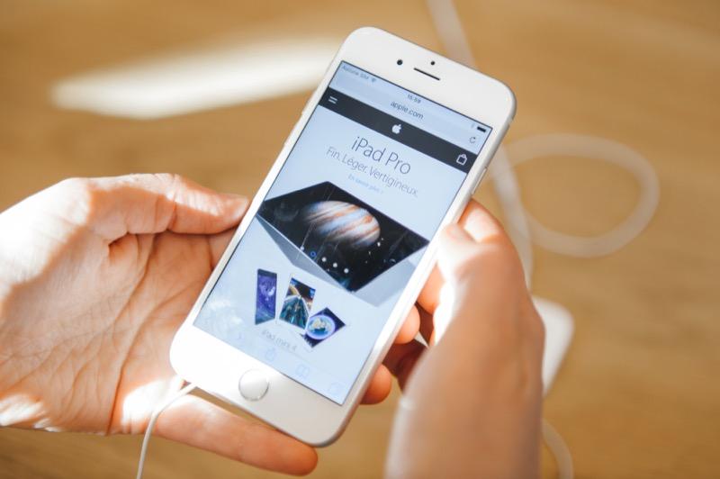 iPhone 6s mit Safari unter iOS 9