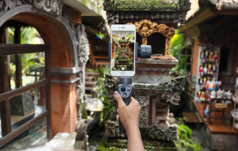 DJI Osmo Mobile 2 Lifestyle
