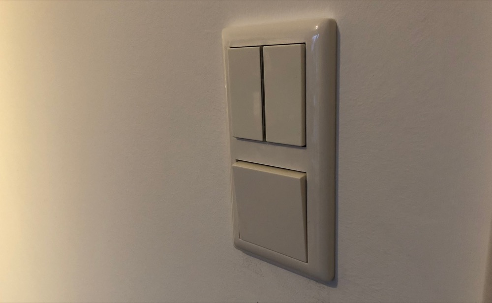Dresden-Elektroni-Funktaster-Lighting-Switch-Gira-E2