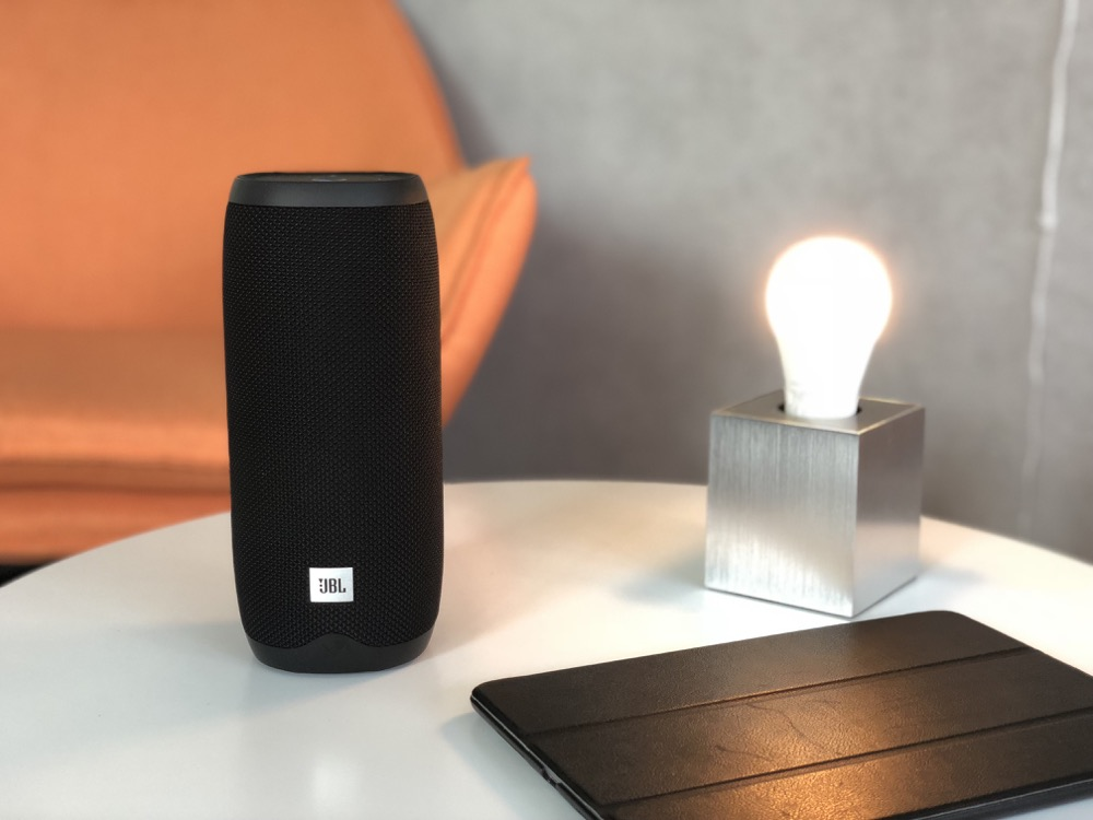 jbl link 20 smarter lautsprecher mit google assistant im test. Black Bedroom Furniture Sets. Home Design Ideas