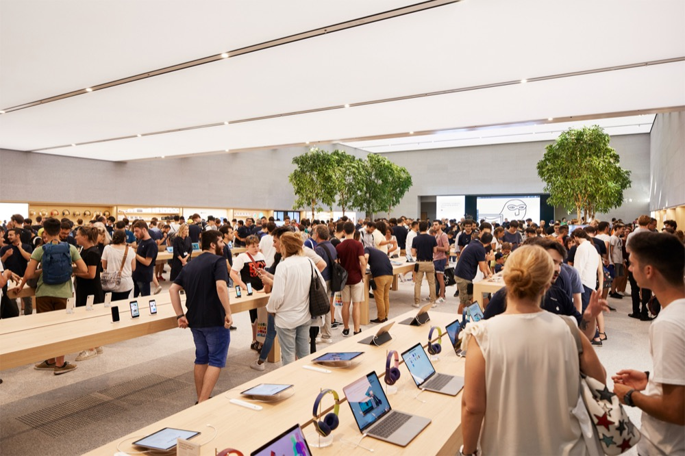Apple-Milan-Piazza-Liberty_indoor-retail-layout_07262018